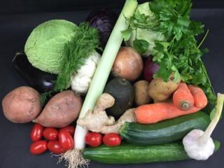 Februar Basic Gemüsebox | der Saison 18 Produkte = 5kg | frisch vom Markt