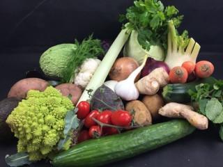 Februar Premium Gemüsebox | der Saison | 25 Produkte = 8kg | frisch vom Markt